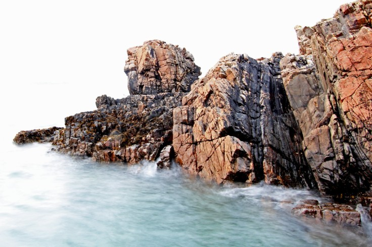 Photo of Lewisian gneiss, Farr Bay